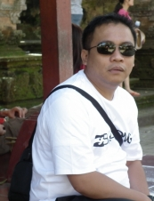 santos from Indonesia 42 y.o.