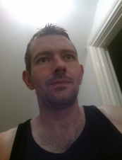 lee 39 y.o. from UK