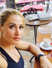 hazel 35 y.o. from USA