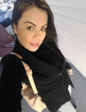Martha 38 y.o. from USA