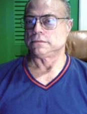 Michael 74 y.o. from USA