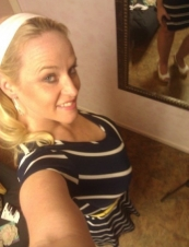 Margaret 40 y.o. from USA